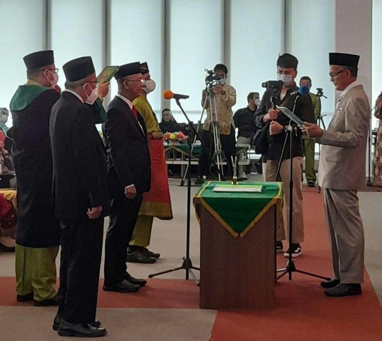 Jabat Rektor Periode Kedua, Syafrinaldi Mulai Jalankan Visi UIR 2041