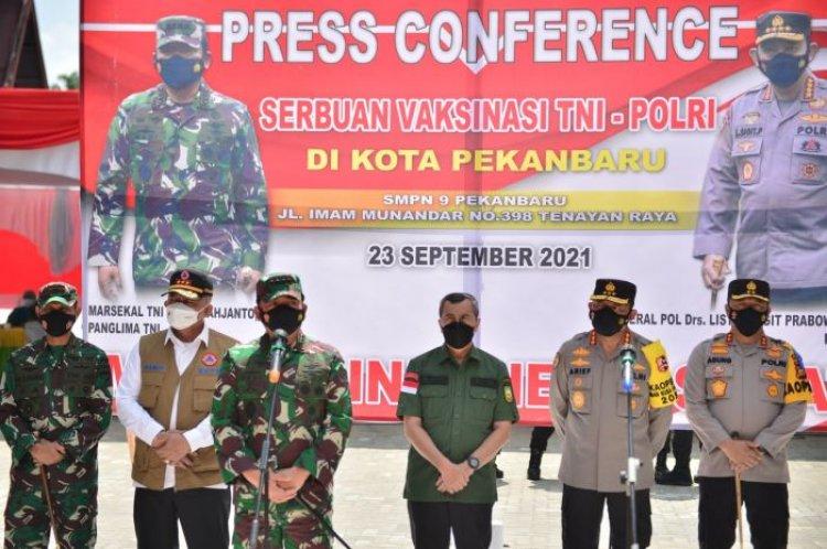 Berkunjung ke Riau, Panglima TNI Minta Vaksinasi Siswa dan Santri Dipercepat