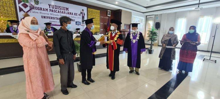 150 Calon Wisudawan Program Pascasarjana UIR Ikut Yudisium
